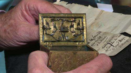 Un coffret conçu par le roi Louis XVI, passionné de serrurerie, vendu aux enchères à Versailles