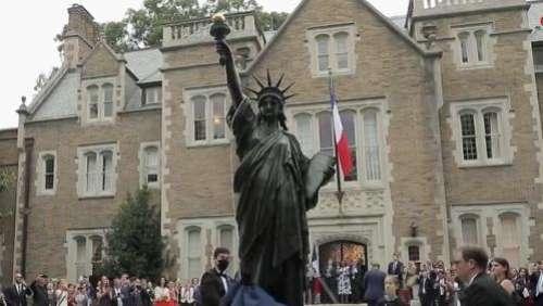Etats-Unis: une version miniature de la Statue de la Liberté inaugurée à Washington