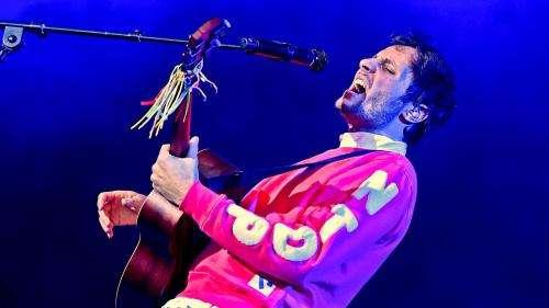 Le chanteur Vianney savoure un concert singulier avec le public du festival de la Côte d'Opale