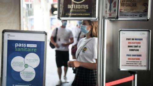 Pass sanitaire : la filière cinéma appelle à l'aide face à la chute des entrées
