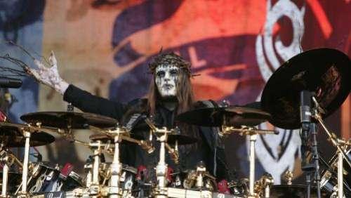 Joey Jordison, cofondateur et ancien batteur du groupe Slipknot, est mort à l'âge de 46ans