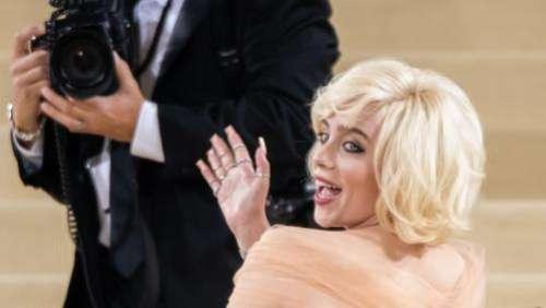 Billie Eilish, Rihanna, Kristen Stewart, Timothée Chalamet : défilé de stars lundi soir à l'extravagant gala du Met à New York