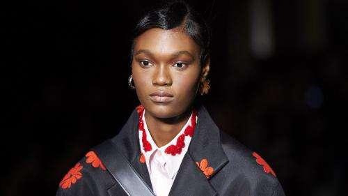 A la Fashion Week de Londres, le retour tant attendu des défilés sur les podiums