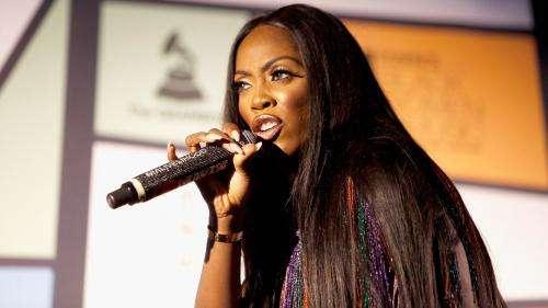 Victime d'un chantage à la sextape, la chanteuse nigériane Tiwa Savage refuse de céder et ouvre le débat sur ce fléau