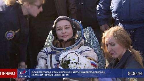 Espace : l'équipe russe qui a tourné le premier film en orbite est de retour sur Terre