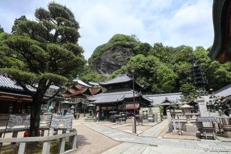 Hozan-ji - Le grand temple du mont Ikoma