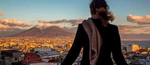 Roman – Naples de haut en bas avec Elena Ferrante
