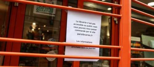 Librairies fermées: la France est-elle vraiment «le pays des Lumières»?