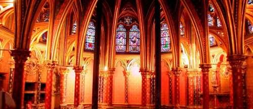 Chasse aux trésors dans les églises de Paris