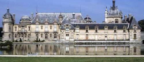 Le château de Chantilly, privé de ressources, appelle l'État au secours