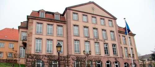 Moselle: une ville censurée par Facebook à cause… de son nom!