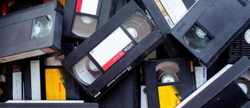 Une Américaine apprend qu'elle est recherchée depuis 21 ans à cause d'une VHS