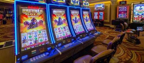 Etats-Unis : une religieuse détournait de l'argent... pour jouer au casino