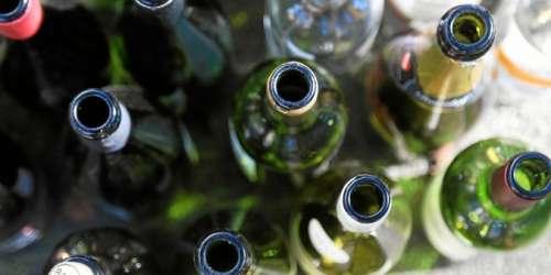 Coronavirus: pourquoi le confinement risque de pousser à la consommation d'alcool