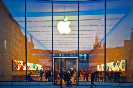 Vous devriez pouvoir plier votre iPhone en 2023 (sans le casser)