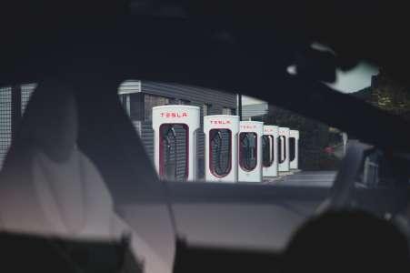 Tesla va ouvrir ses Superchargers aux autres marques dès cette année
