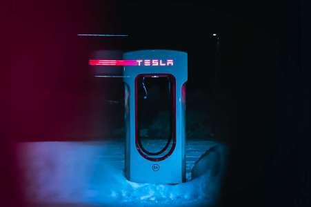 Tesla est sur le point de devenir fournisseur d'énergie comme EDF