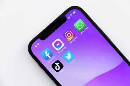 iPhone: Tim Cook veut que vous soyez créatif, pas accro à Facebook et Instagram