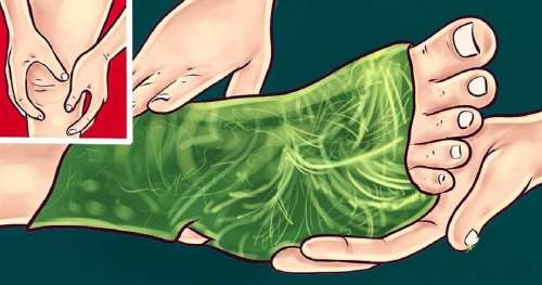 Enveloppez vos pieds avec des feuilles de chou afin de soulager les douleurs articulaires