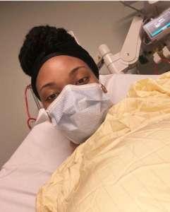 """""""Je suis une infirmière enceinte atteinte du Covid-19 – et je n'ai aucune idée de si mes jumeaux s'en sortiront indemnes"""""""