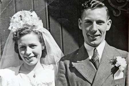 Marié depuis 71 ans, ce couple meurt en se tenant la main dans un lit d'hôpital