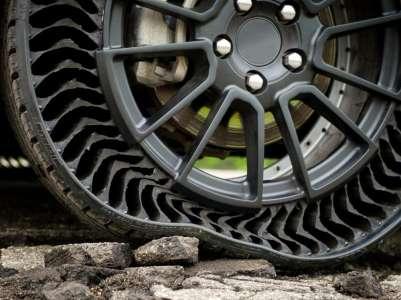 Le pneu increvable de Michelin roule enfin