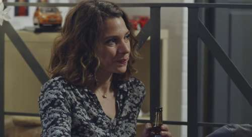 Plus belle la vie en avance : Léa passe la nuit chez Jean-Paul (vidéo PBLV épisode n°4201)