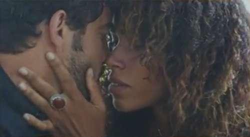 Plus belle la vie : ce soir, Fanny et Romain s'embrassent (résumé + vidéo épisode 4344 PBLV du 12 août 2021)