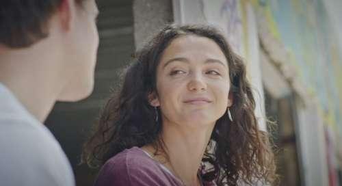 Plus belle la vie : ce soir, Emma va-t-elle suivre César ? (résumé + vidéo épisode 4382 PBLV du 5 octobre 2021)